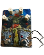 FuzzHugger Sonic Shroom Fuzz Guitar Effects Pedal with Patch Cables
