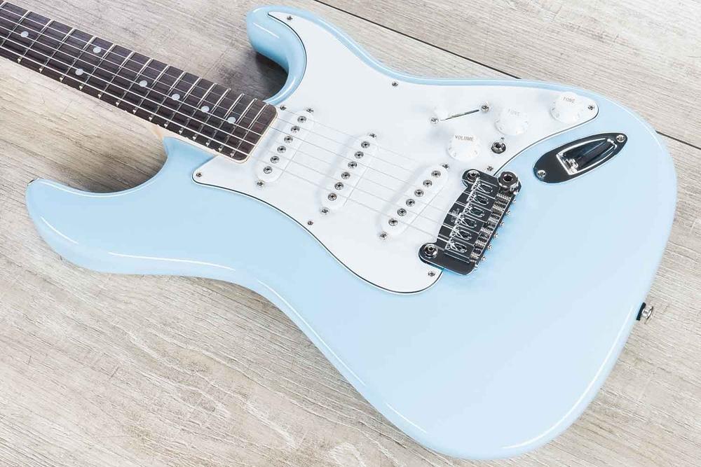 G&L USA S-500 Guitar w/ Case, Sonic Blue, Hard-Rock Maple Neck w/ Rosewood Fretboard
