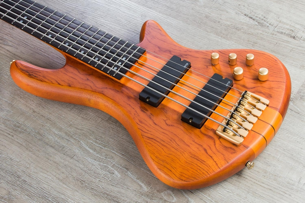 Schecter Guitar Research Stiletto Studio 6-String Electric Bass Guitar - Honey Satin