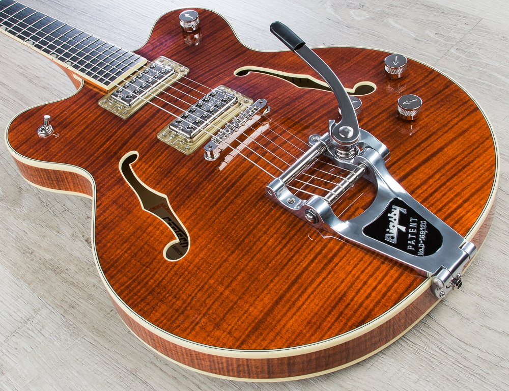 Gretsch G6609TFM Players Edition Broadkaster Center Block Semi-Hollow Electric Guitar with Bigsby Tailpiece - Bourbon
