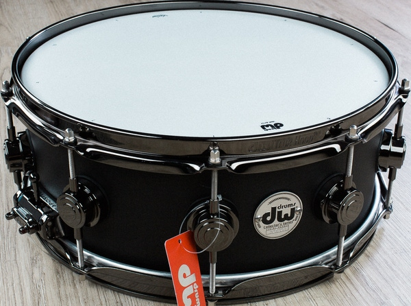 DW Drum Workshop Aluminum Snare Drum, Limited Black Powder Coat, 5.5